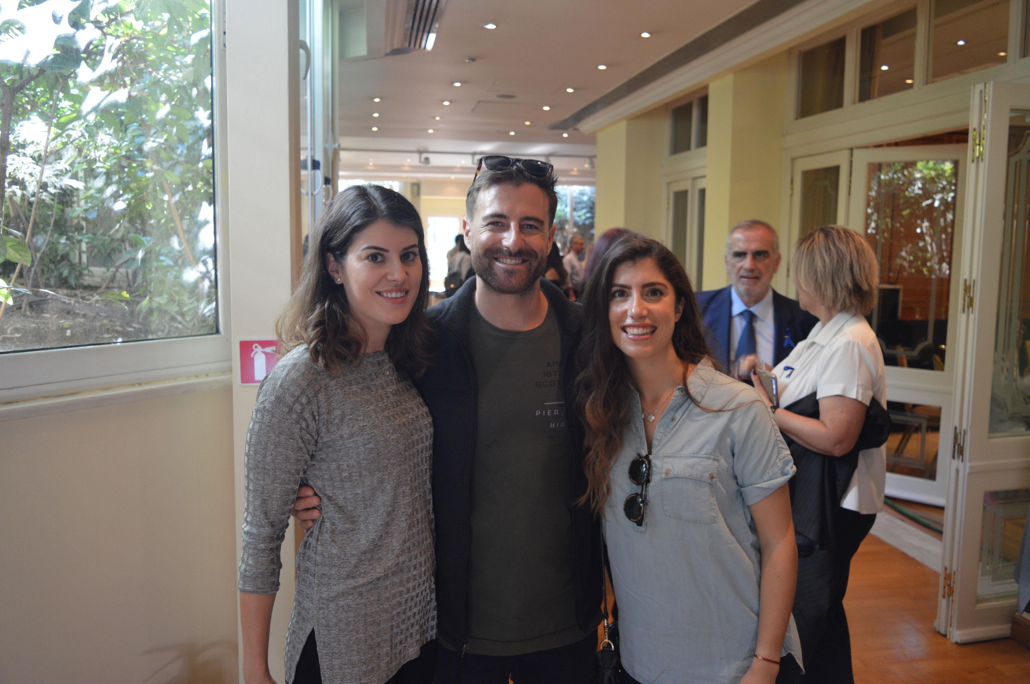 Από αριστερά Αγγελική Γκούβαλη και τα στελέχη του ΟΗΕ Philippe Greinacher και Χριστίνα Γκούβαλη.