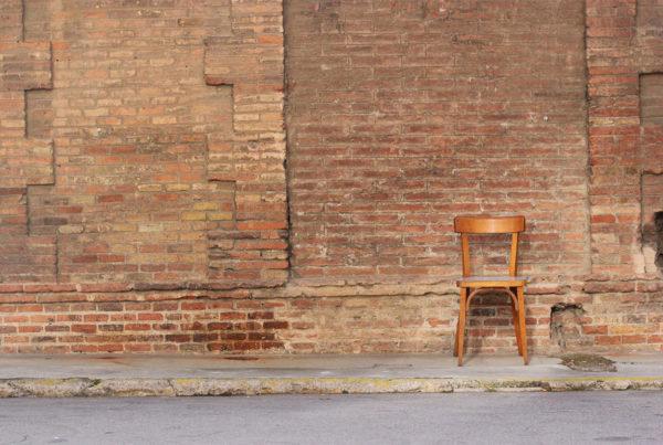 μέση, πόνoς, σπονδυλική στήλη, βάρη, καρέκλα