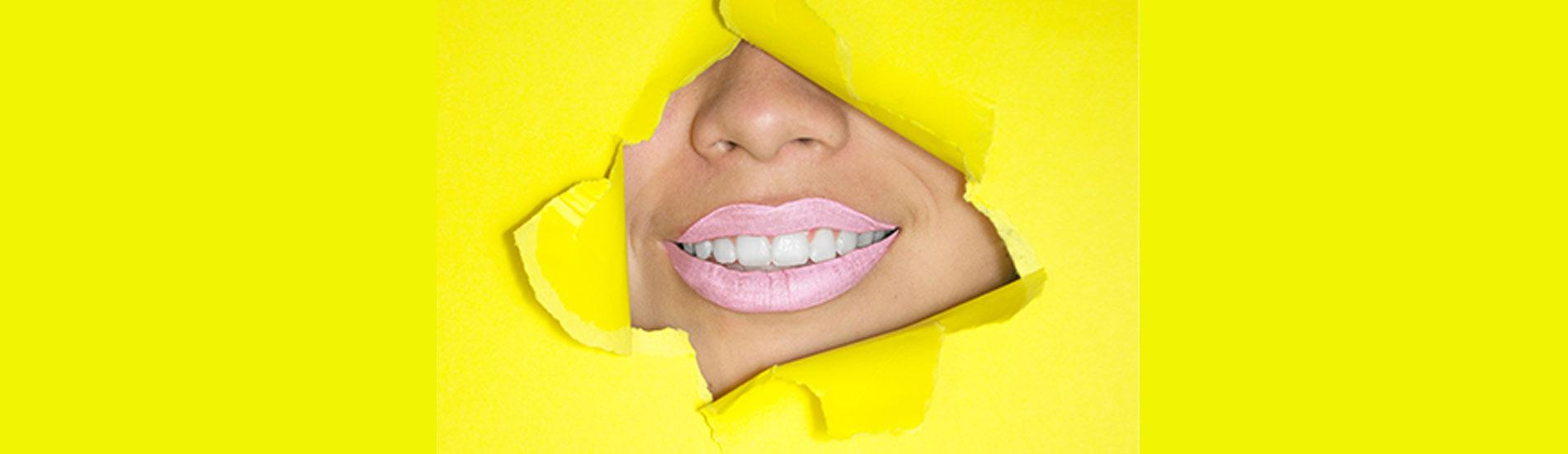 Ποιες τροφές ωφελούν τα δόντια;