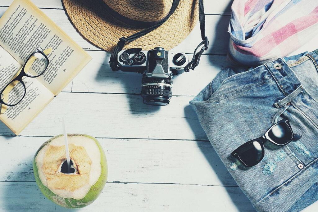 καλοκαίρι, κορωνοϊός, διακοπές, μάσκα, φαρμακείο, εγκαύματα