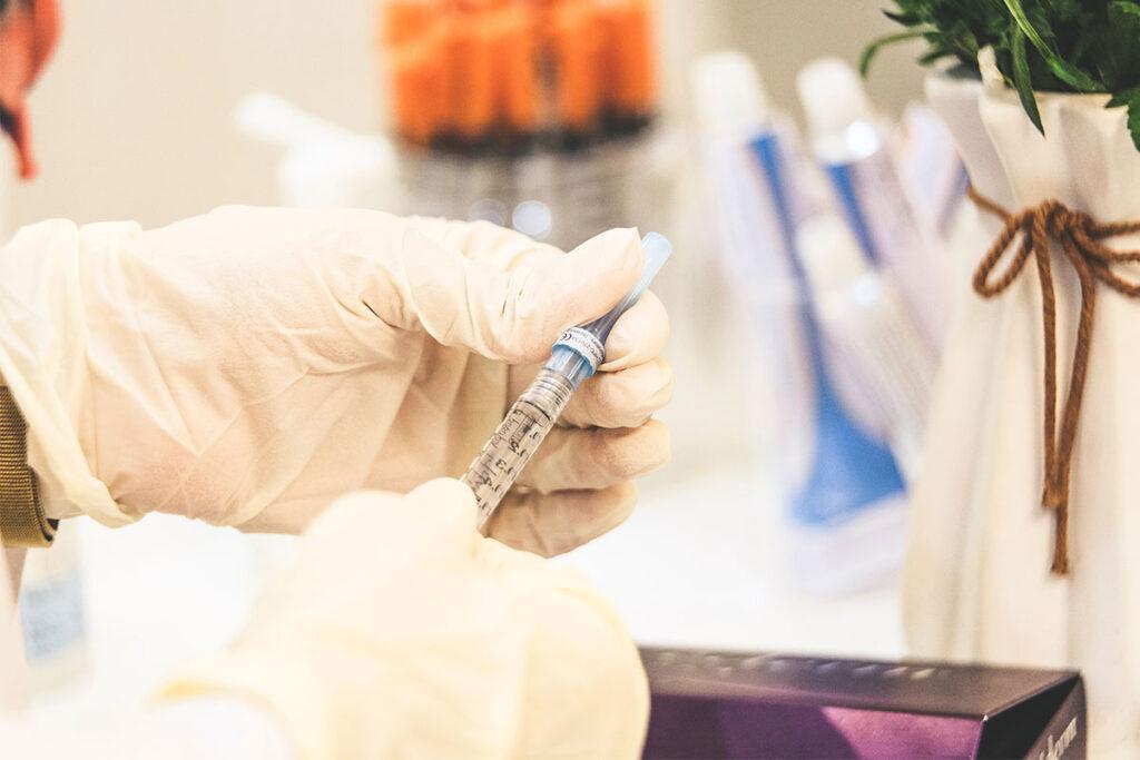 αντιγριπικό εμβόλιο, ευπαθείς ομάδες, διαβήτης, ανοσοποιητικό, παρενέργειες