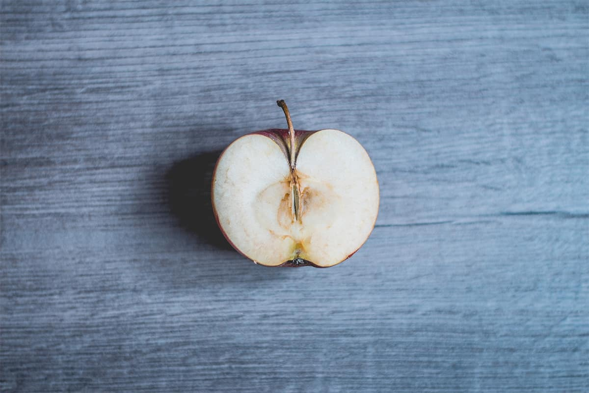Είναι ασφαλές να καταναλώνω μουχλιασμένα τρόφιμα ή «χαλασμένα» φρούτα και λαχανικά;