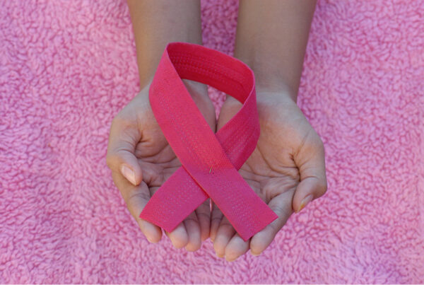 αυτοεξέταση, εμμηνόπαυση, θηλασμός, μαστός, οιστρογόνα